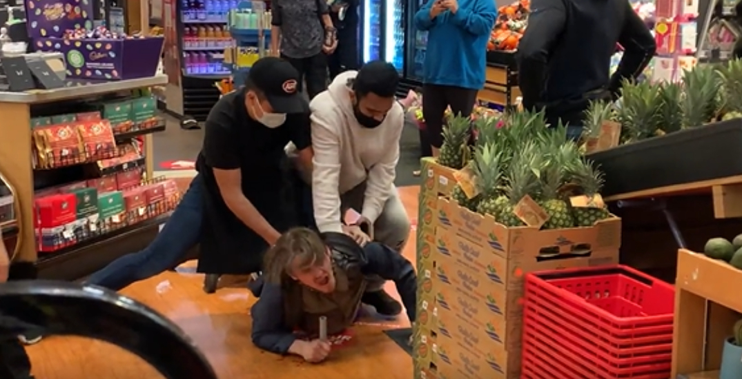 Man arrested for allegedly assaulting, threatening grocery store workers in downtown Vancouver