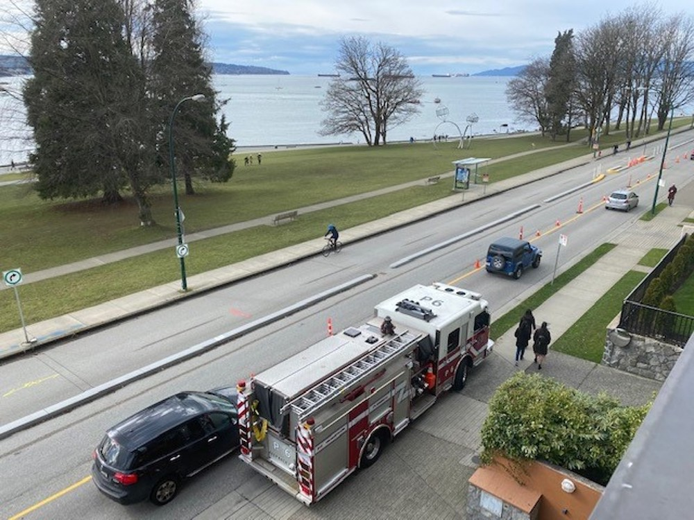 beach avenue bike lane congestion