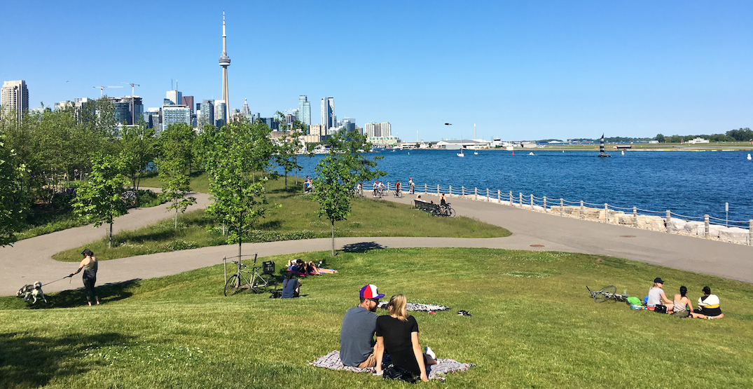 Drinking alcohol at Toronto parks and beaches may soon be legal