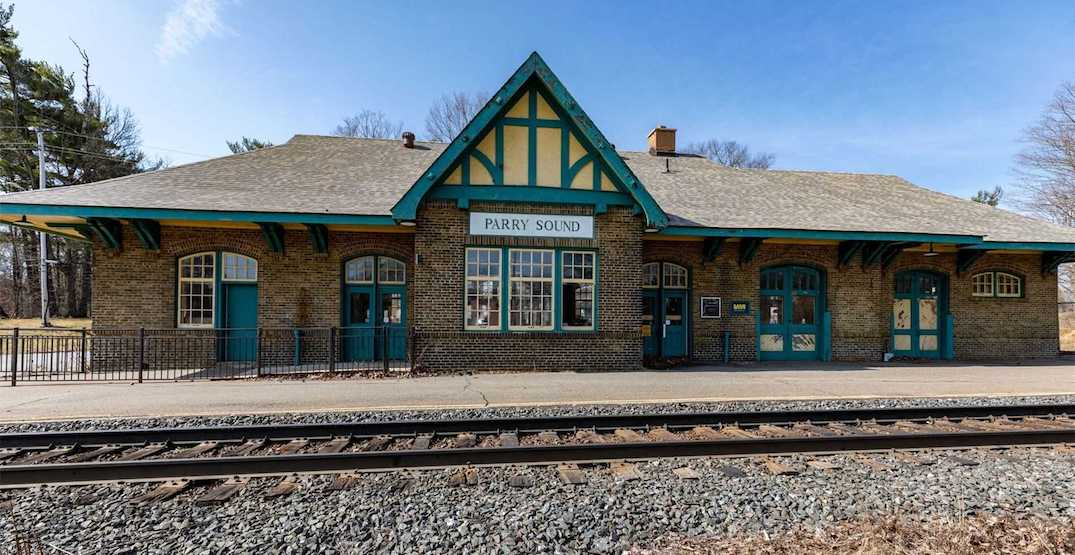 This historic Ontario train station is on the market for just $1 (PHOTOS)