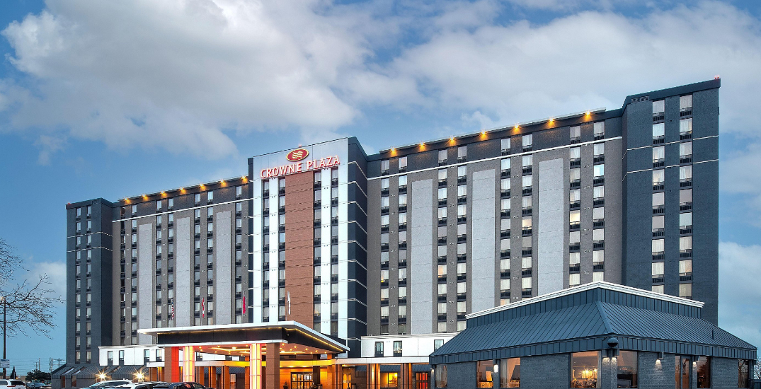 COVID-19 cases linked to quarantine hotel in Toronto