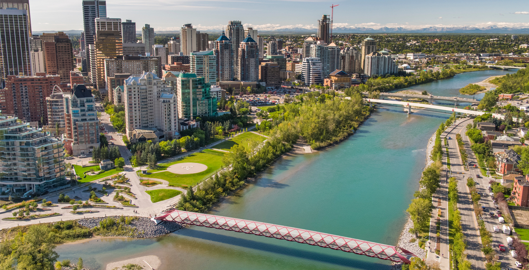 What's open and closed in Calgary this Victoria Day weekend