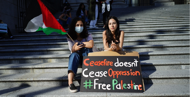 Pro-Palestine rally draws hundreds to Vancouver Art Gallery (PHOTOS)
