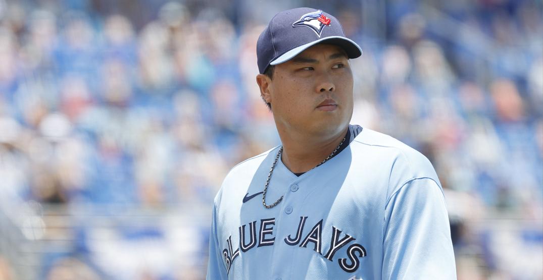 Blue Jays ace Ryu seems to prefer the team's powder blue uniforms