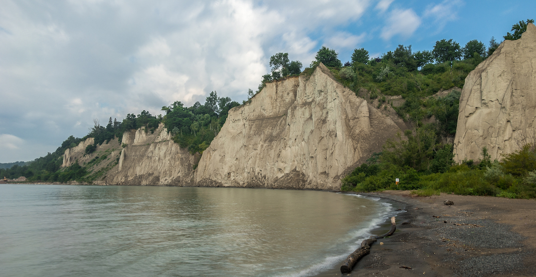 6 ft tall fence going up along the edge of Scarborough Bluffs this week