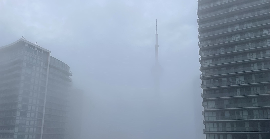 Toronto covered in a thick blanket of fog ahead of thunderstorms (PHOTOS)