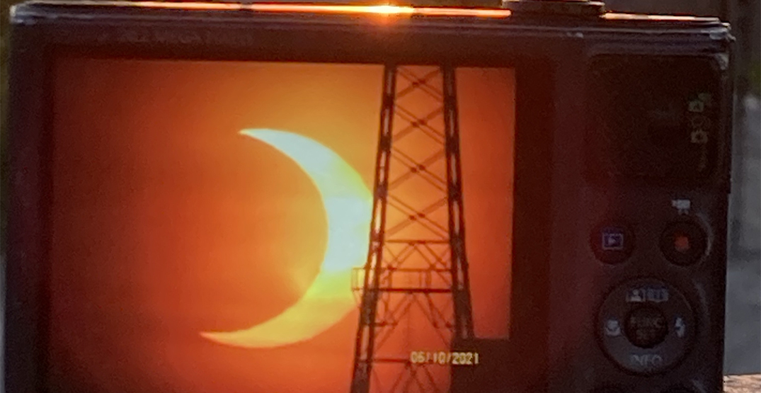 A beautiful solar eclipse was visible over Toronto this morning (PHOTOS)