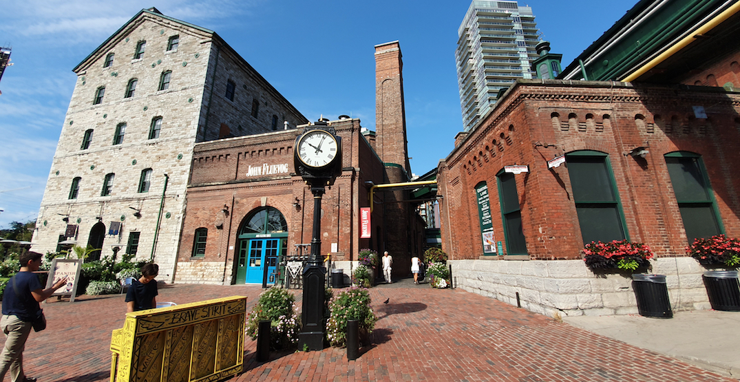 15 iconic Toronto landmarks to check out this summer