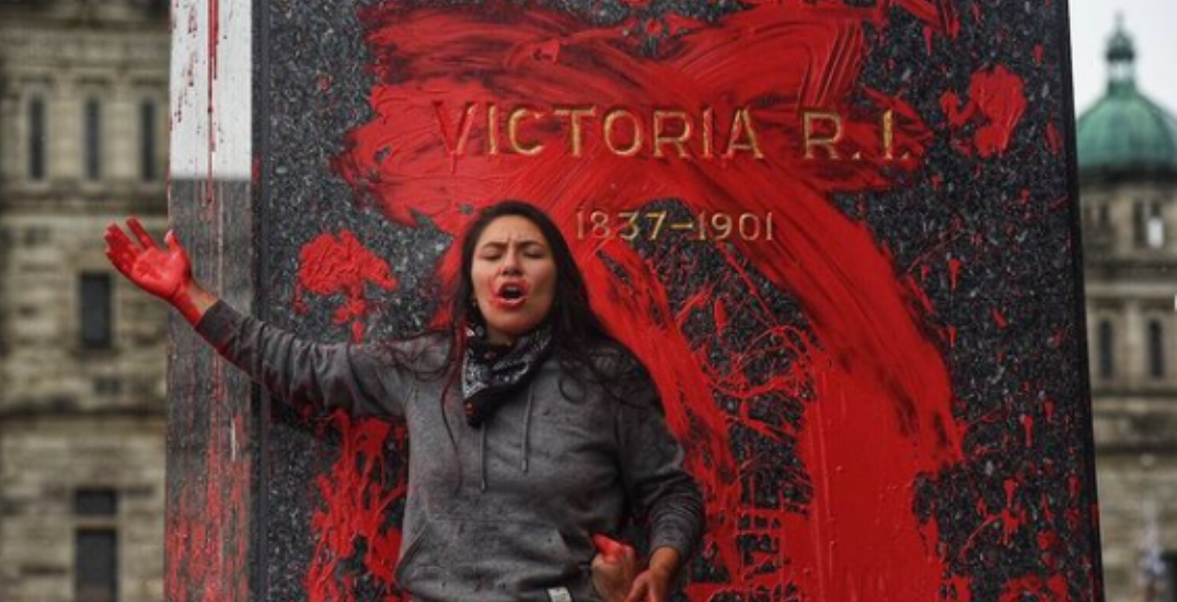 Queen Victoria statue vandalized with red paint during protest at BC Legislature