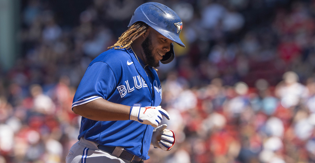 Blue Jays make history at Fenway Park with eight home run game