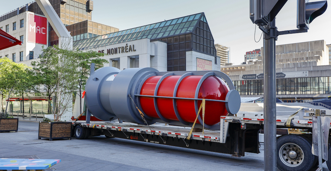 Giant goal light installed in downtown Montreal for Canadiens playoff run