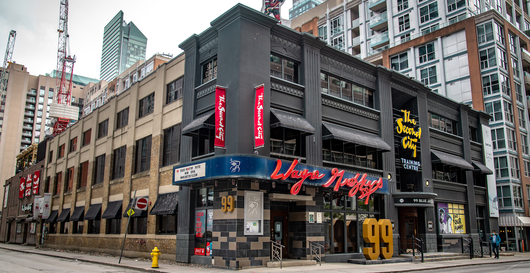 Wayne Gretzky's and Second City is now a massive pit (PHOTOS)
