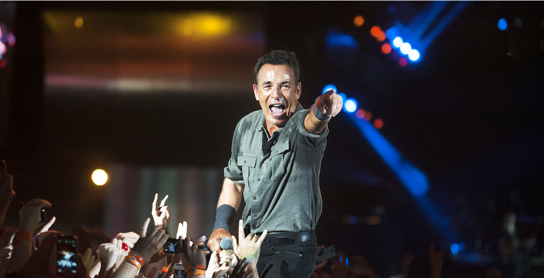 """Canadians who got AstraZeneca can now see """"Springsteen on Broadway"""""""