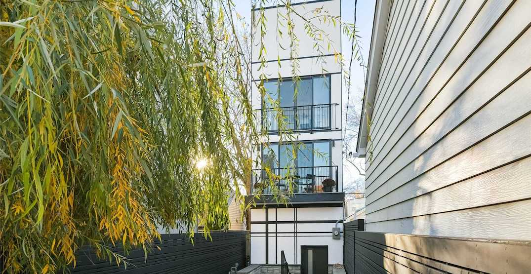 Toronto skinny house sells for about half of its original asking price