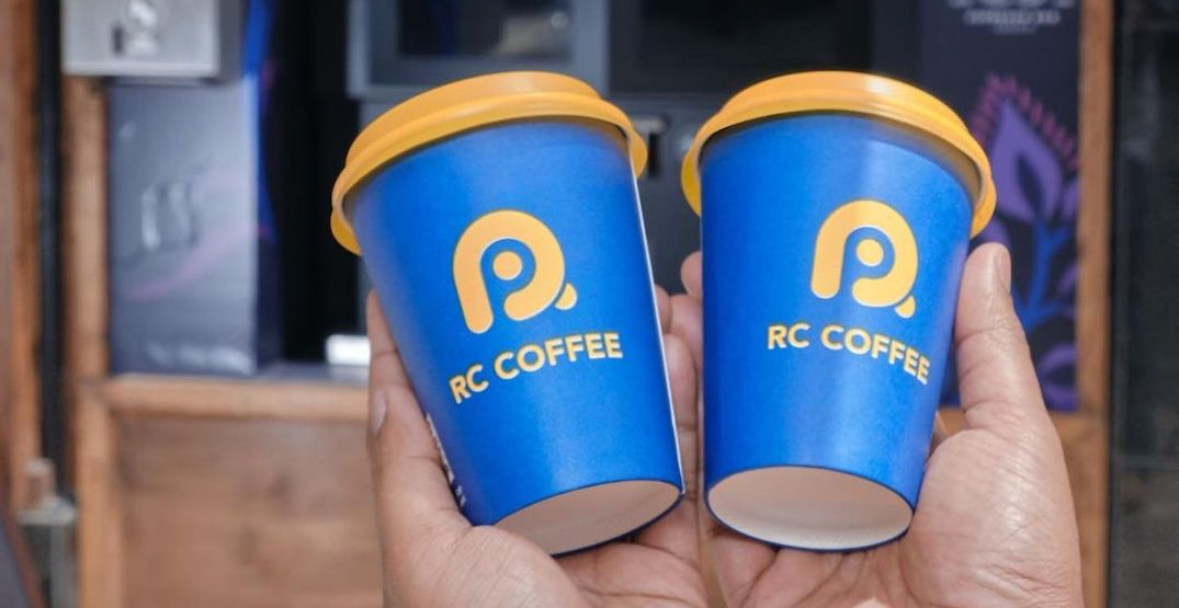 There's a Toronto robot cafe and it's giving out FREE drinks
