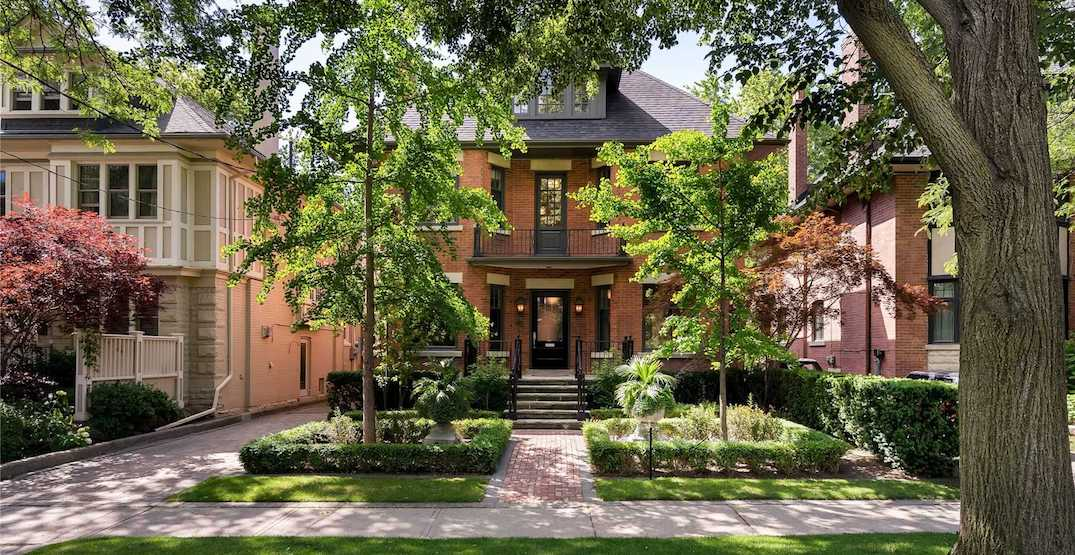 This Toronto house just sold for $1.1 million over the asking price