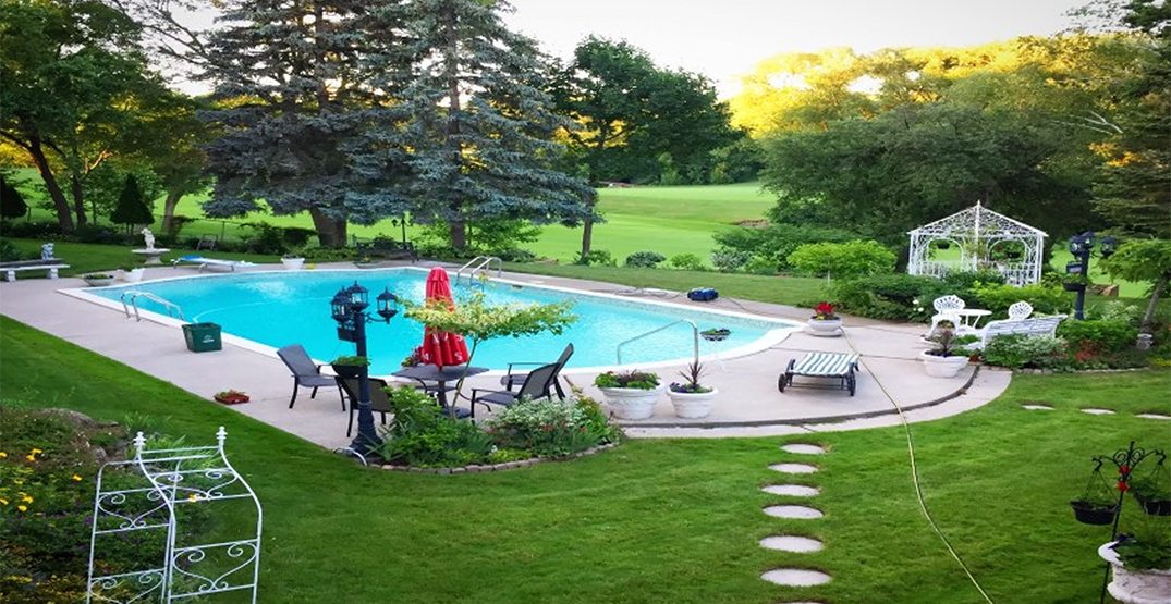 You can now rent out backyard pools Airbnb-style in Toronto (PHOTOS)