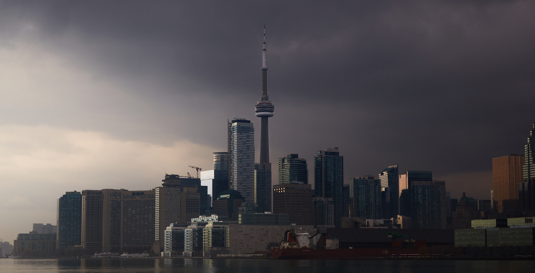 Thunderstorms expected to usher in warm, sunny weekend in Toronto