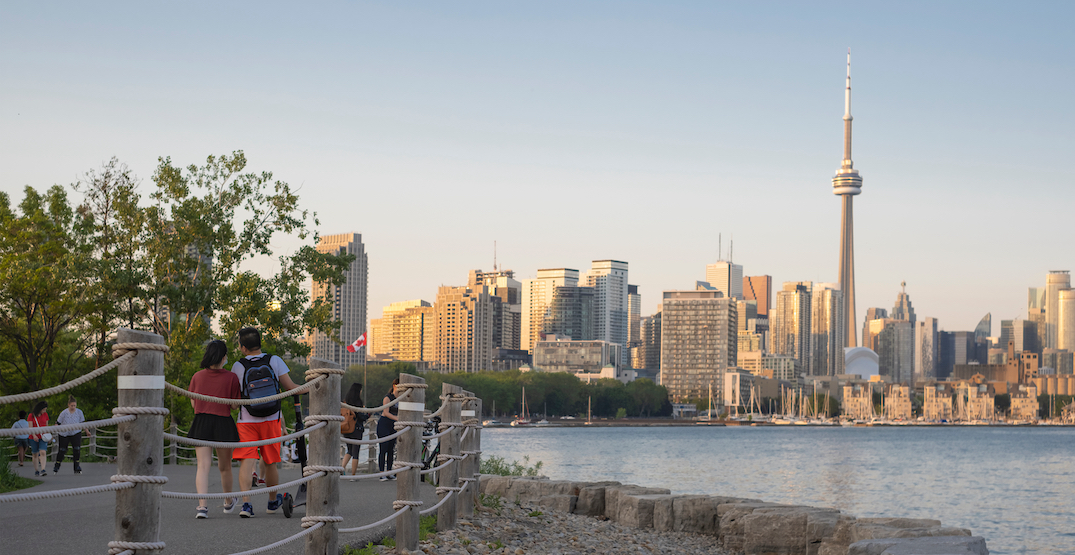 """""""Hot and humid"""": Toronto remains under a heat warning for a third day"""