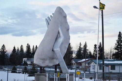 roadside attractions in Alberta