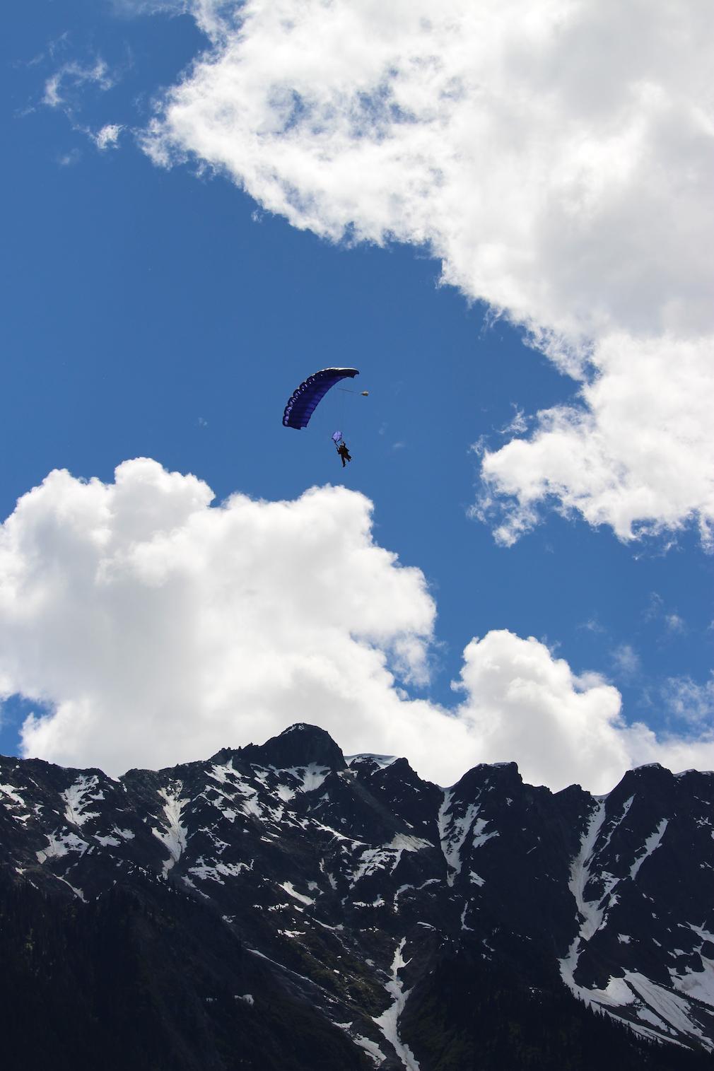 Skydiving near Whistler