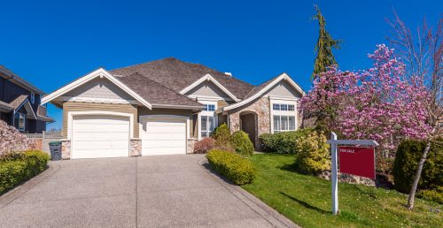 """33% of Canadian house hunters exploring """"alternative options"""" to afford homes"""