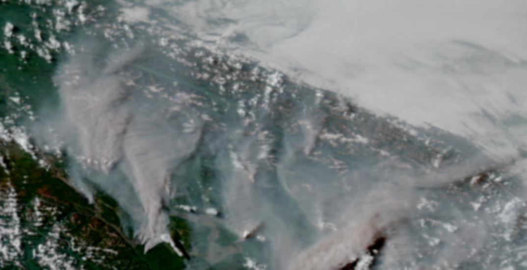 Satellite photos show wildfire smoke spreading across Canada