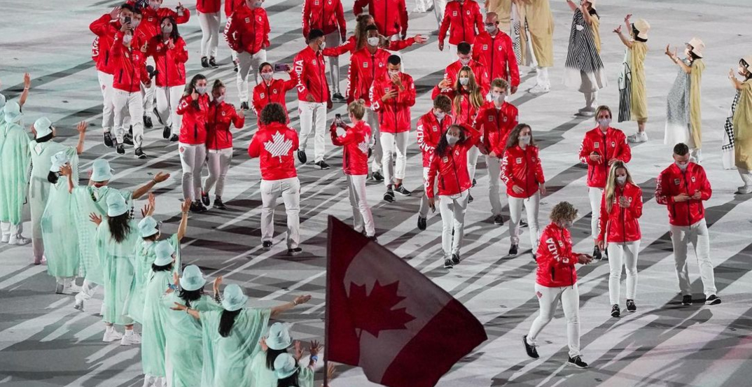 The Eh-Team: Canada shines bright at Olympic Opening Ceremony (PHOTOS)