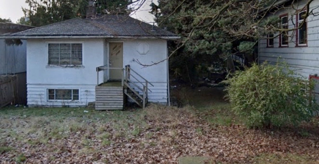 A detached home in Vancouver shockingly sells for under $1 million