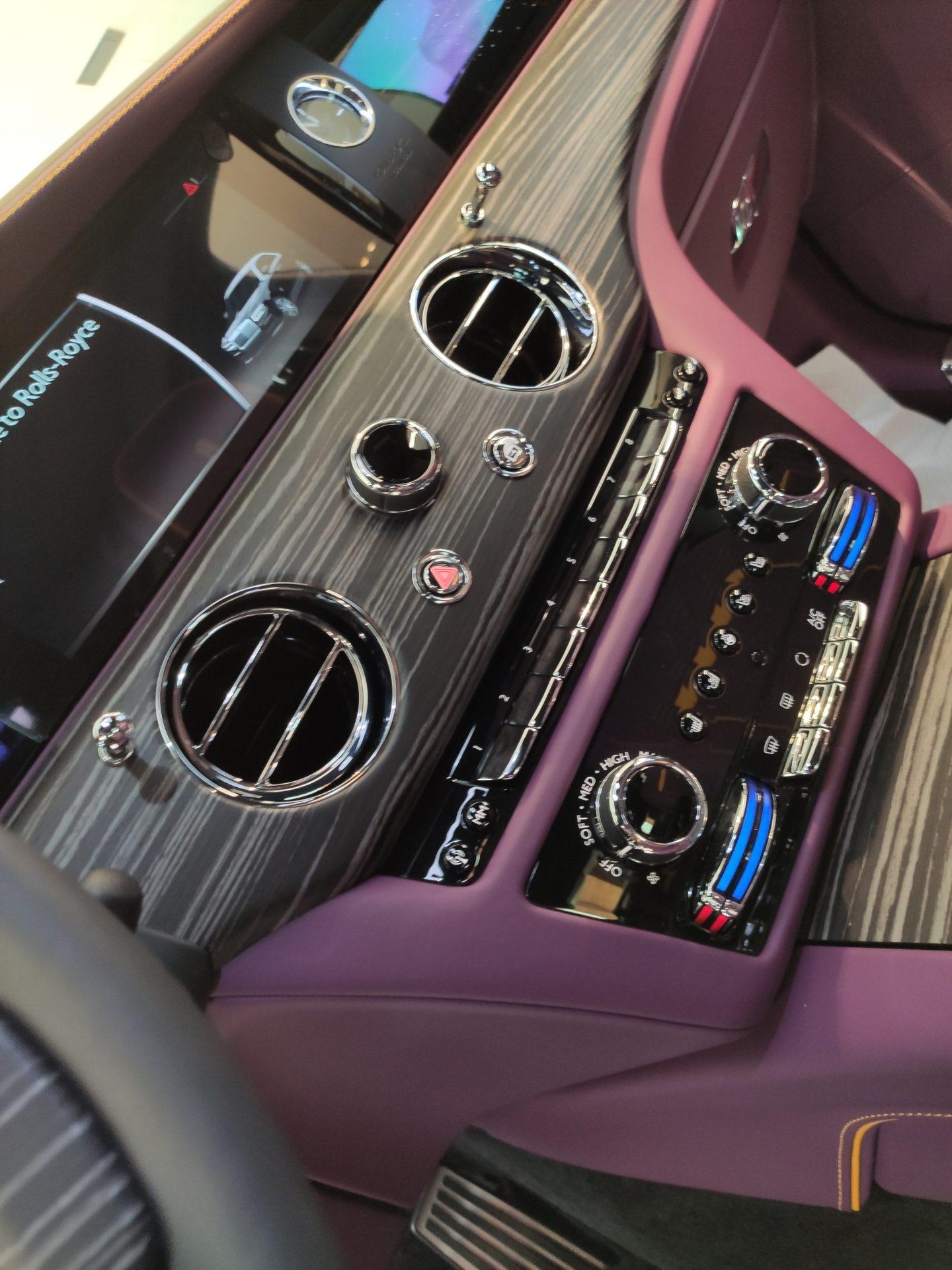 Rolls Dashboard