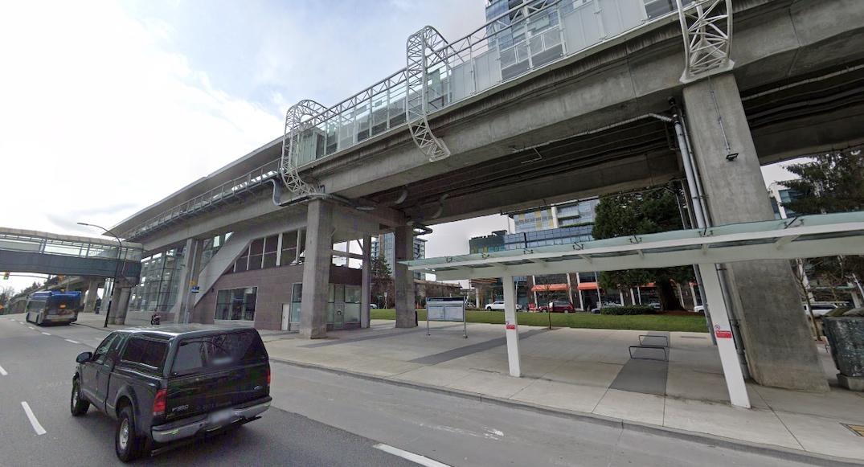 metrotown station skytrain