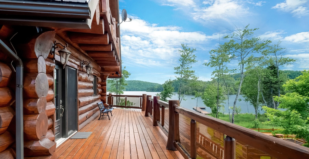 A look inside: $3.9-million log home just outside Montreal (PHOTOS)