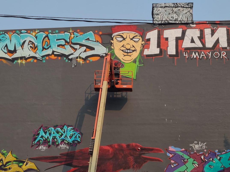 opioid prevention site abbott west pender graffiti
