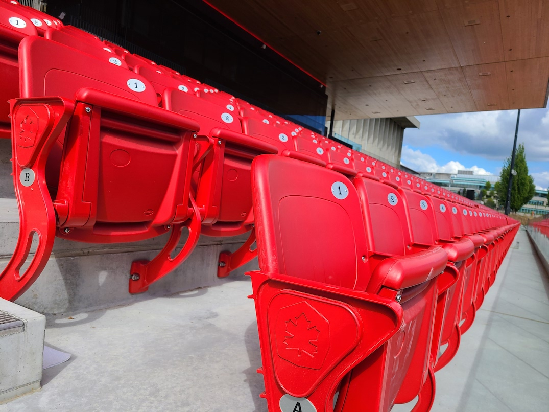 sfu stadium burnaby terry fox field