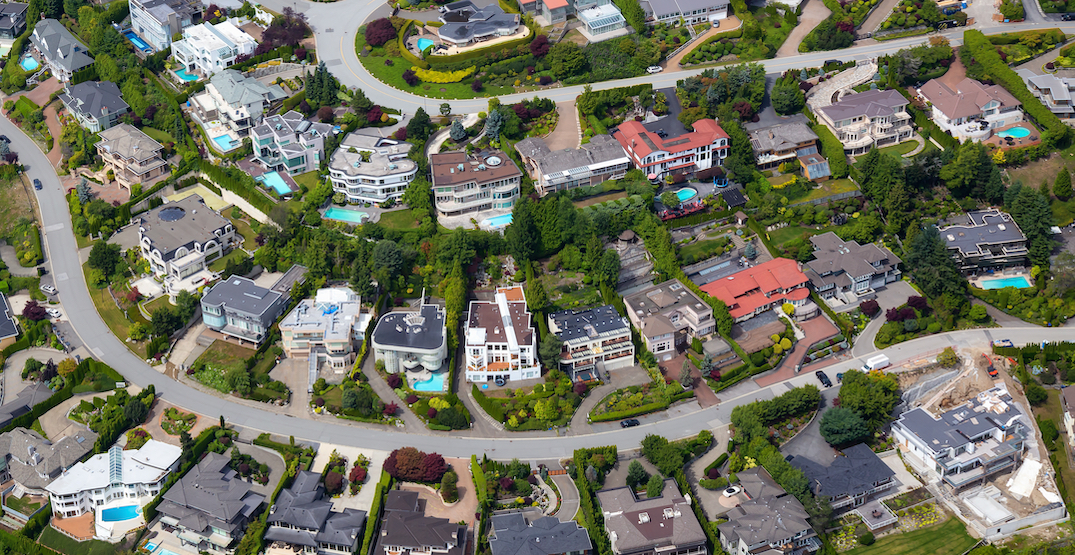 """West Vancouver council approves reducing allowable size of """"monster homes"""""""