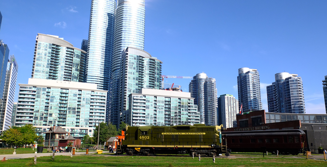 A new farmers' market is bringing fresh, local food to downtown Toronto this weekend