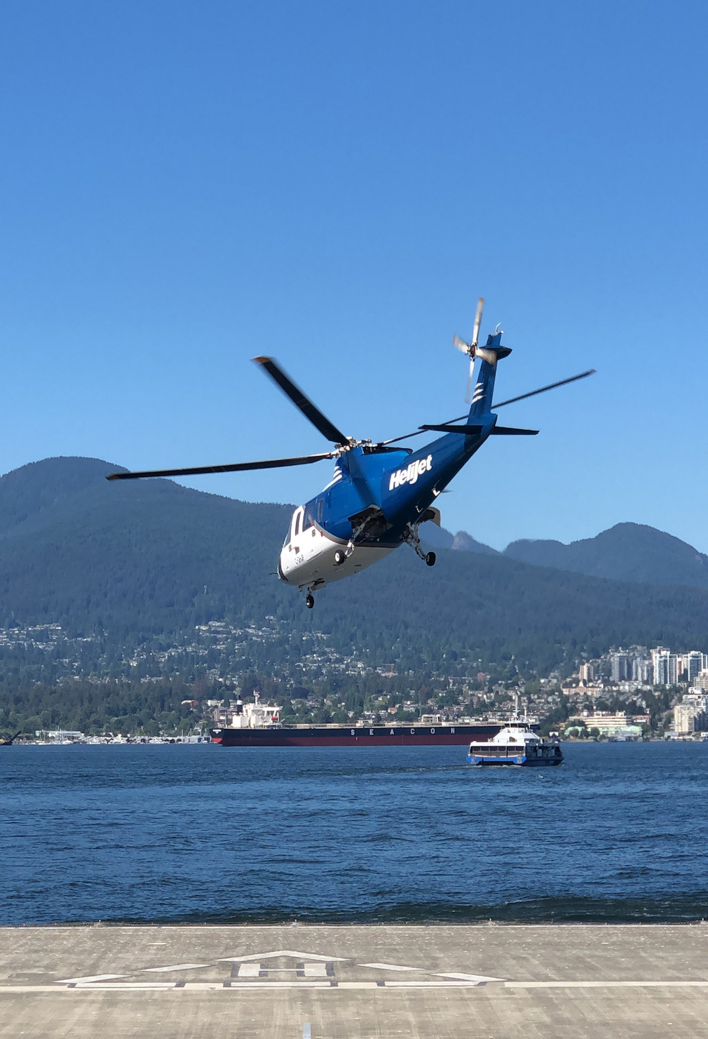Helijet in Vancouver Harbour