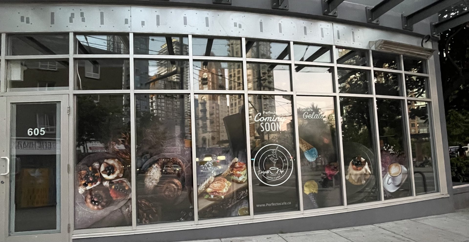 Perfecto Cafe to open soon in former downtown Starbucks location