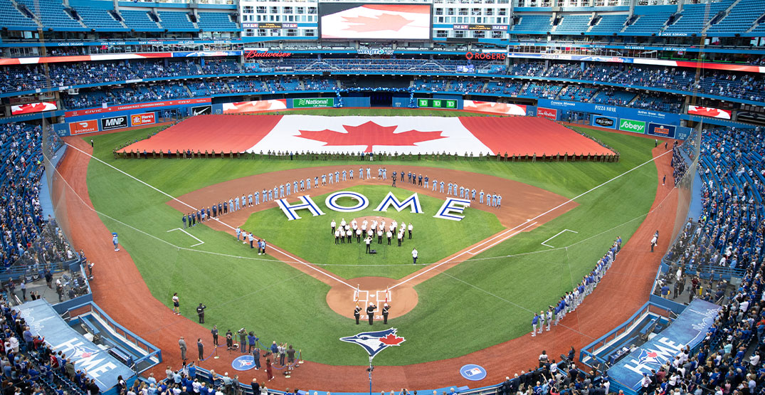 5 ways to create the ultimate Blue Jays viewing experience at home