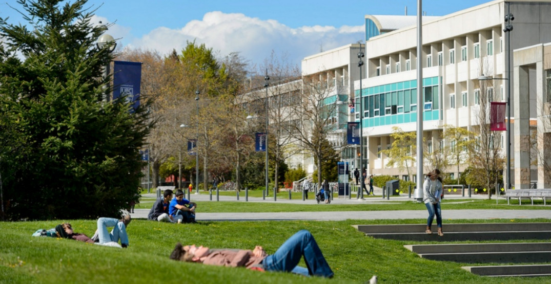 SFU and UBC to implement secure COVID-19 vaccine declaration process
