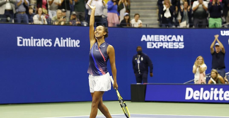 Canadian teen Leylah Fernandez upsets former world No. 1 Angelique Kerber at US Open