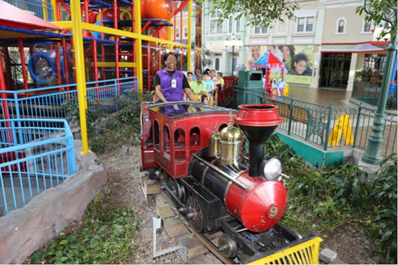 woodbine mall fantasy amusement park