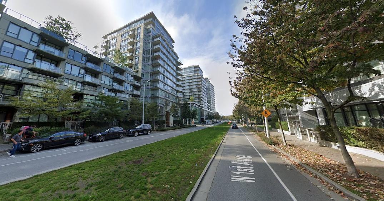 1st avenue streetcar median olympic village