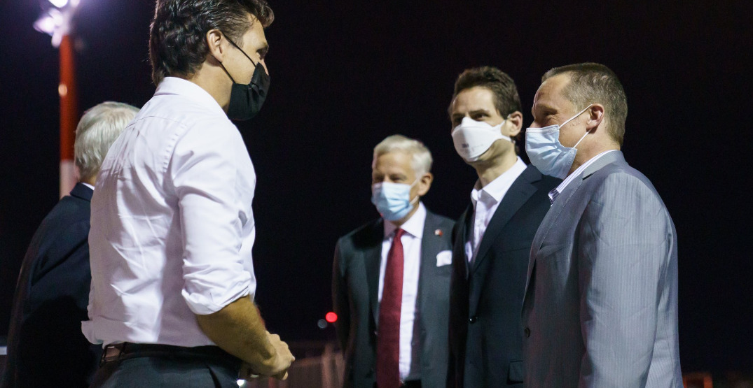 People are outraged about Justin Trudeau's sleeves