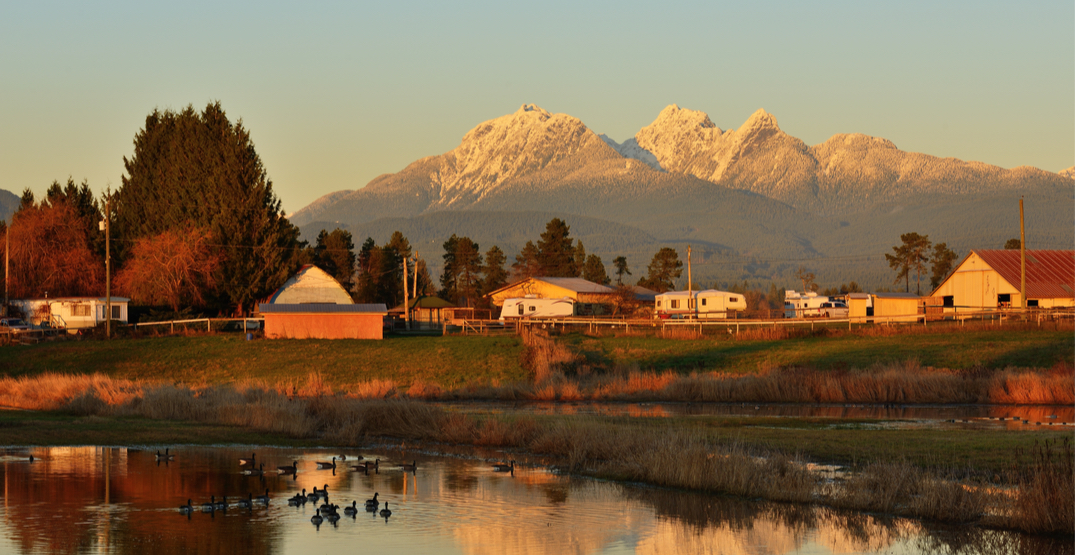 10 BC small towns that become magical in the fall