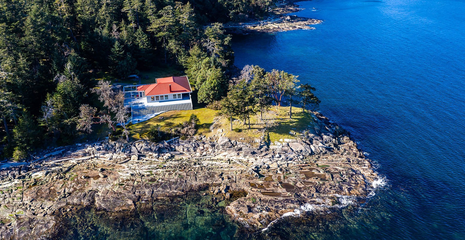 A Look Inside: $7.9M private island paradise for sale in BC (PHOTOS)