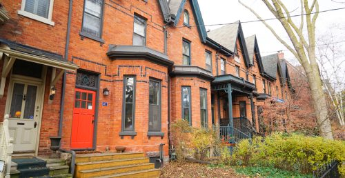 Average Toronto home price closing back in on $1.1 million
