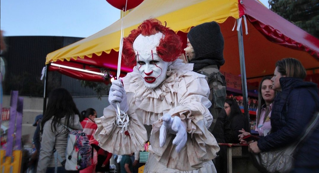 Best places to get Halloween costumes in Edmonton