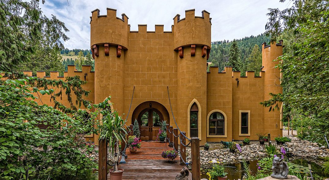 A Look Inside: $3.5M whimsical castle for sale in BC (PHOTOS)