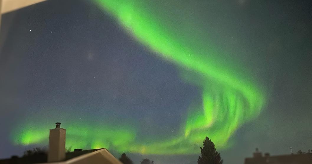 Stunning aurora borealis lights up the sky across Alberta (PHOTOS)
